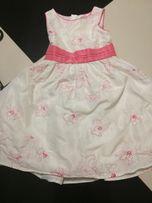 Śliczna sukienka C&A