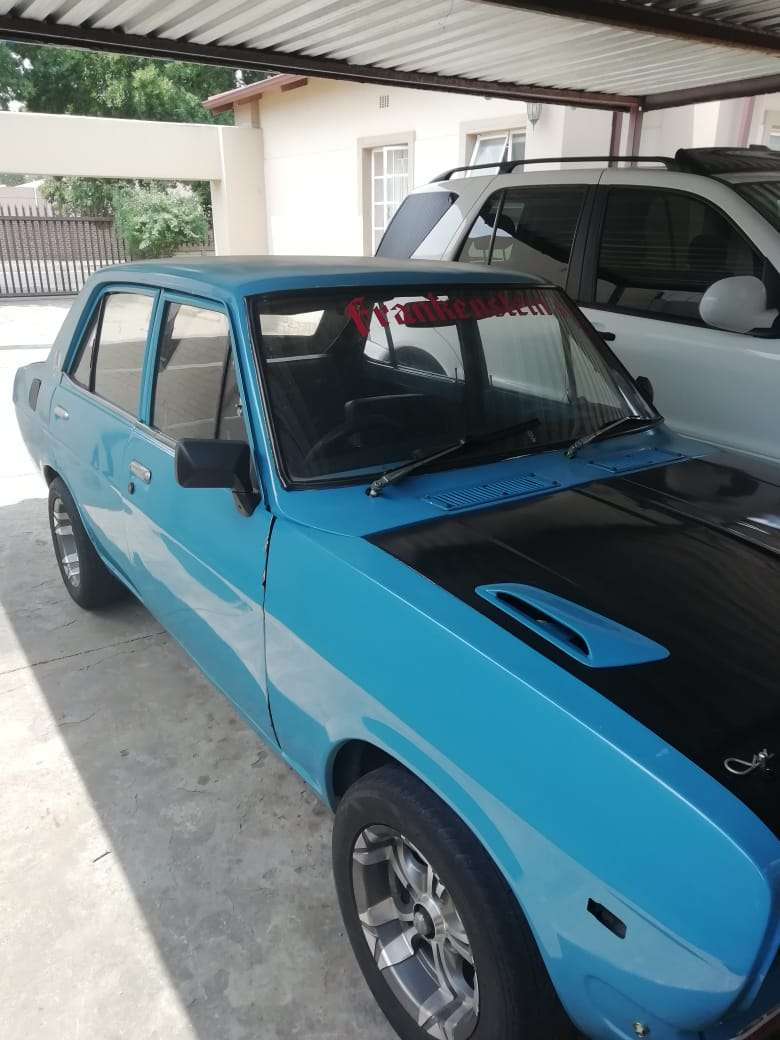 datsun deluxe with 1400 motor 0