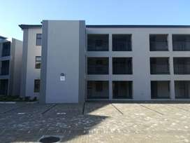 PAY NO RENTAL DEPOSIT+FIRST MONTH RENT FREE, HAMPTON PLACE, PARKLANDS