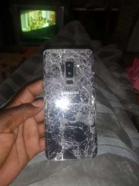 Samsung s9 plus need new lcd R500