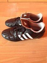 Buty piłkarskie Adidas, wkręty - 38 2/3