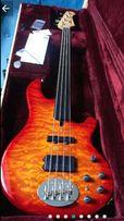 Gitara basowa LAKLAND 4-94 USA