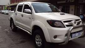 Toyota Hilux double cab D4D 3.0 manual in Excellent condition
