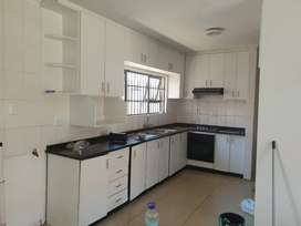 Paradise 3 bedroom townhouse to let