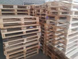 WOODEN PALLETS FOR SALE R75 EACH CAN DELIVER