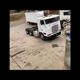 2000 Freightliner flb for sale as is .