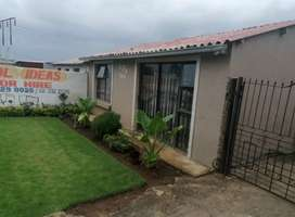 4 room house to rent in Phiri