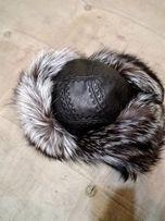 Меховая кожаная шапка
