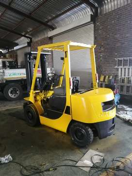 Forklifts for sale between R60000-R80000