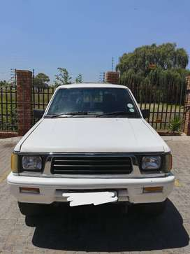 White Colt Rodeo Bakkie/Pick-up 3000i V6