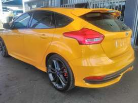 FORD FOCUS 1.6 ST
