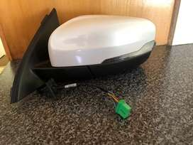 Volvo XC60 side mirror for sale