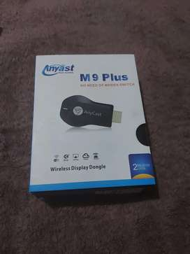 Wireless Display Dongle sharing online streaming on your TV