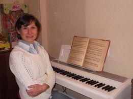 Обучаю игре на фортепиано, синтезаторе, вокалу и сольфеджио