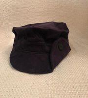 Модная кепка Calvin Clein из вельвета