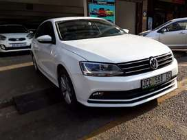 Volkswagen Jetta 7 Tsi  R 180.000Negotiable