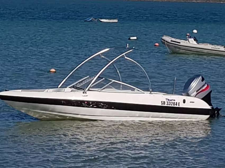 Speedboat with 150Hp Mariner engine 0