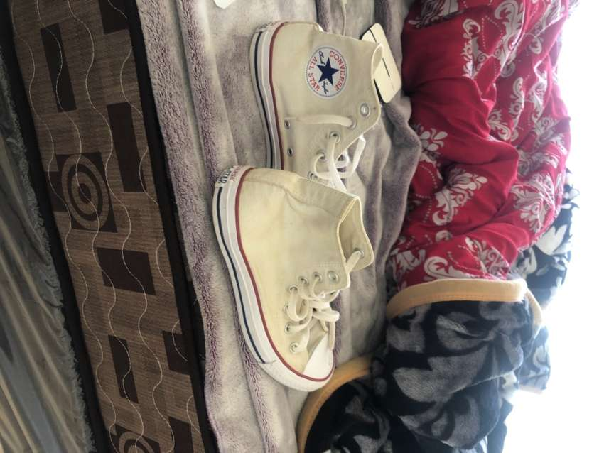 Converse size 5 Chuck Tailor (All Star)