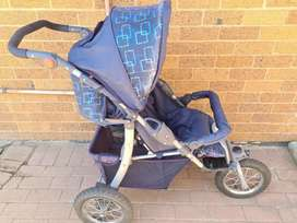 Baby seats and stroller for sale!