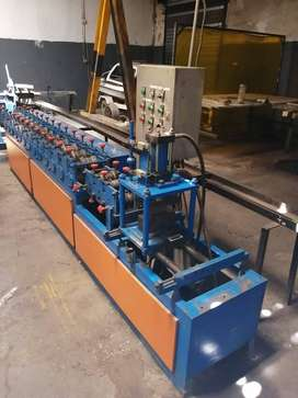 Roller shutter Door Forming machine 100mls slats. Fully automatic.