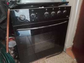 X4 plate and stove