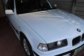 Ice-white BMW E306 dolphin shape 1995 for sale in excellent condition