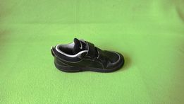 Nike PIKO 4 PS czarne, obuwie miejskie dziecięce 45 4500
