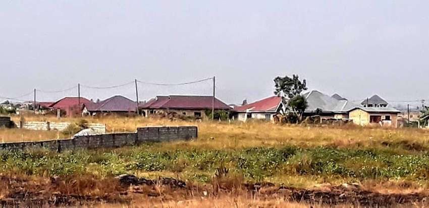 TITLED LAND FOR SALE 0