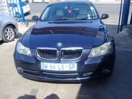 2007 BMW 320i F30 with a leather seat Automatic