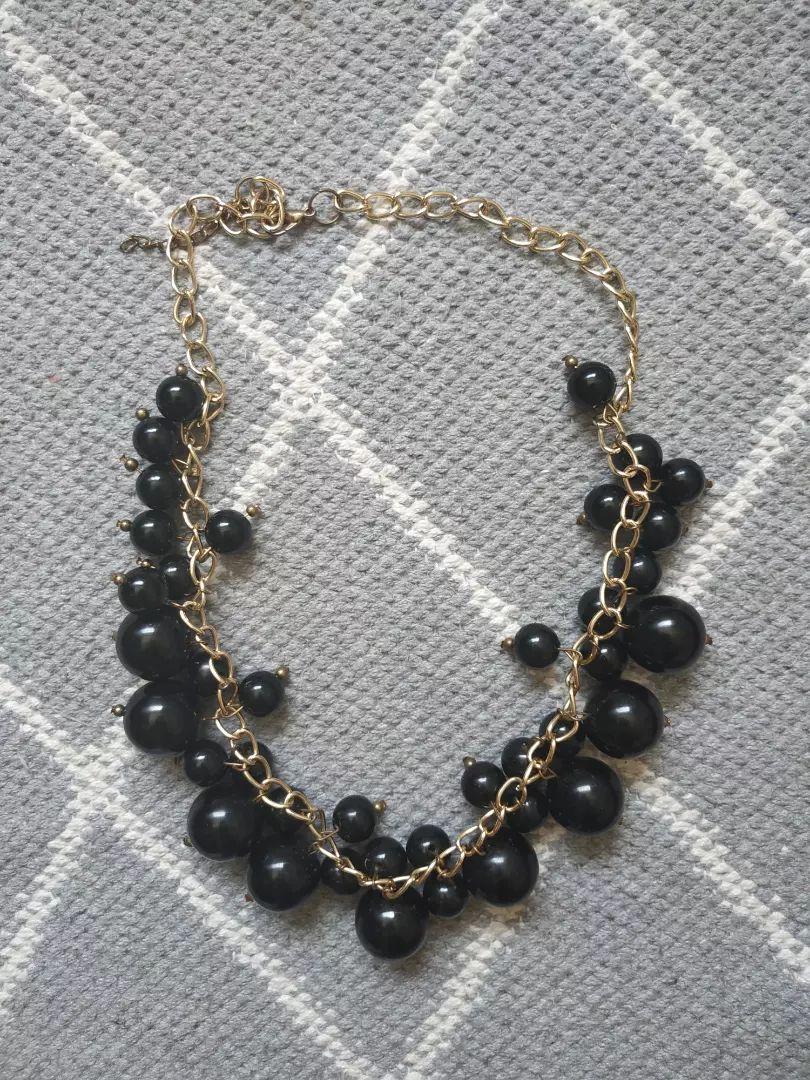 Svečana ogrlica 0