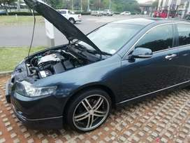 Honda accord 2005 type s excellent condition