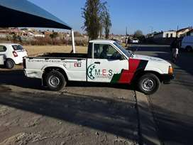 I am selling my bakkie with canopy disc valid papers in order