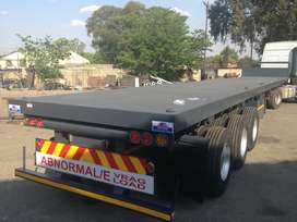 NEW TRIAXLE TRAILER