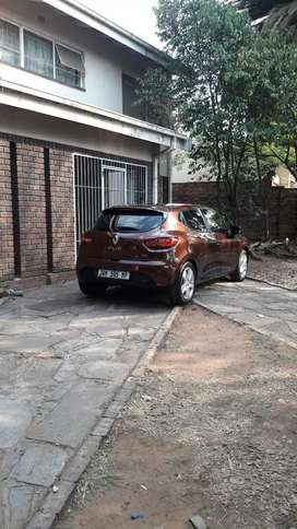 Renault clio v up forsale