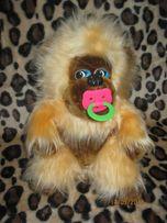 Классная меховая игрушка обезьянка