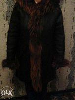 Продаю женскую кожаную куртку