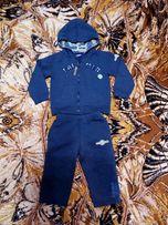 Спортивный костюм для мальчика на 2-3 года