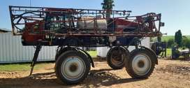 2011 Case Patriot 3230 sprayer
