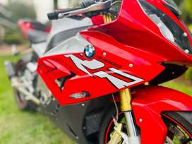 LIKE NEW BMW S1000RR