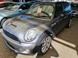 `2009 Mini Clubman S-Manual-FSH-Low 137500km-Only R149900