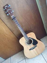 Yamaha Acoustic Guitar for sale  South Africa