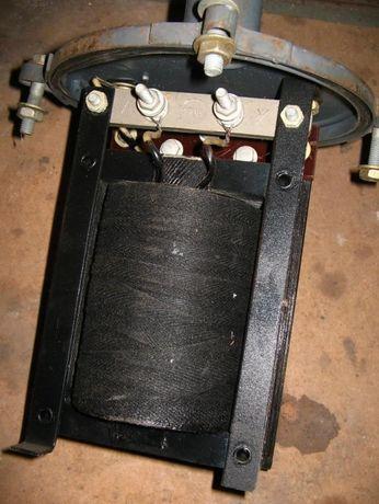 Трансформатор для освещения в помещениях повышенной влажности