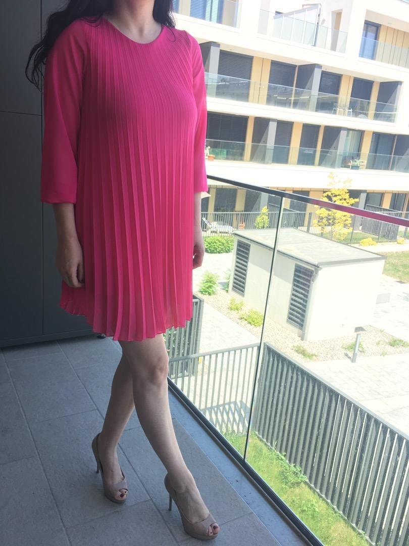 Obleka v cudoviti barvi! 0