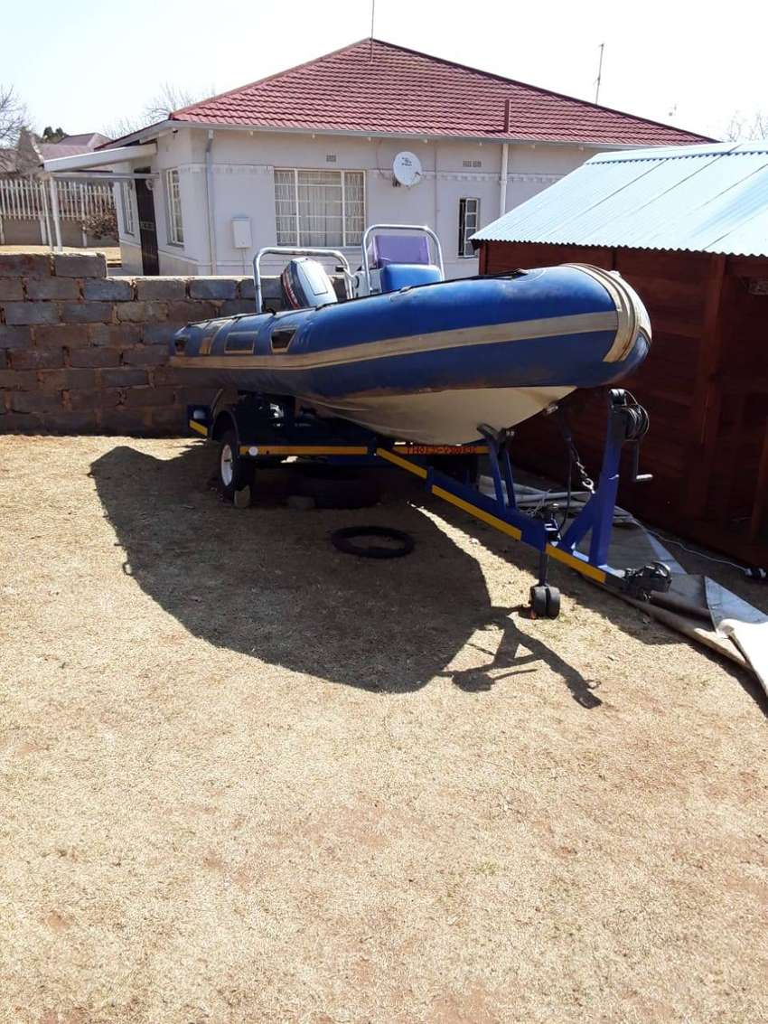 Rubber boat 4.7 m Buccaneer rubber duck with 60 Hp mariner 2 stroke mo 0