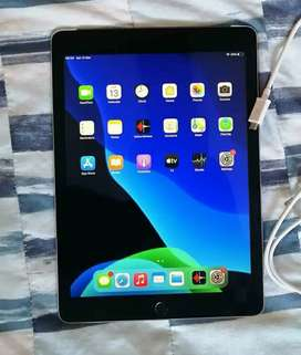 Ipad air 2 in excellent condition.
