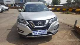 NISSAN X-TRAIL 2.0 WITH FULL SERVICE