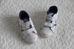 Lacoste białe buty na rzepy 23