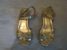 Красивые золотые босоножки на девочку (золушку), размер 33