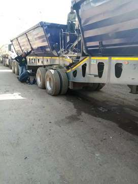34 Ton Side Tipper Trailer for Hire R22 000