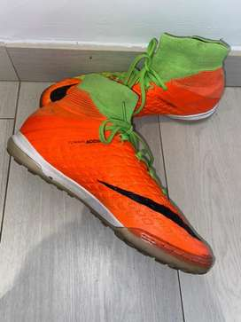 Size 7, Nike indoor / astro soccer boots
